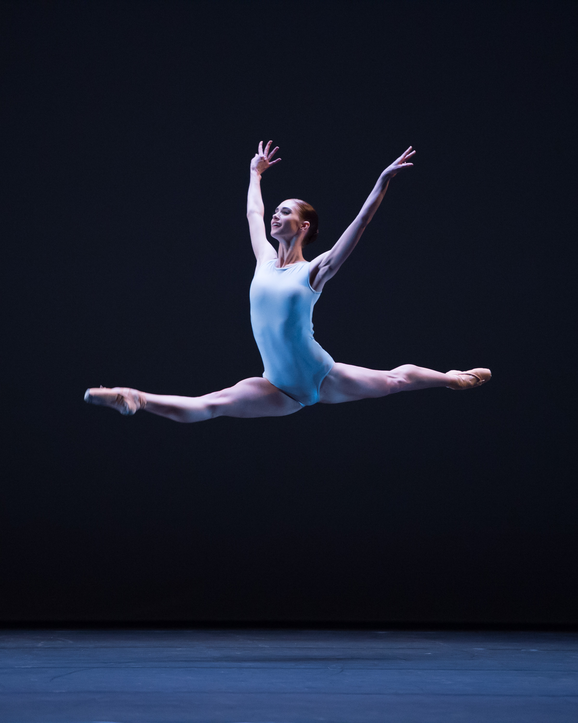Alison McWhinney performing in the 2014 English National Ballet Emerging Dancer competition