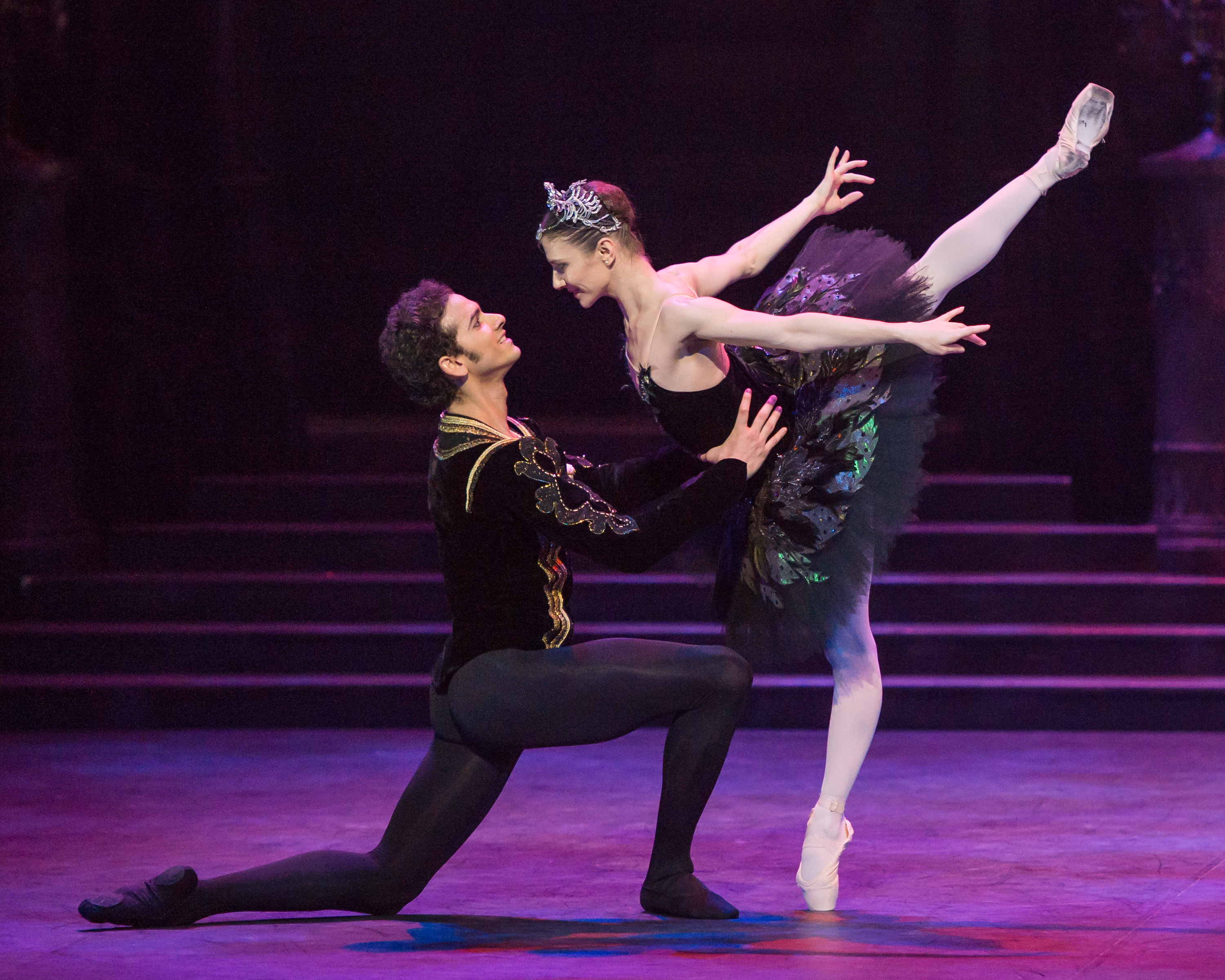 Alina Cojocaru and Alejandro Virelles in English National Ballet's 'Swan Lake' (Photography by ASH)