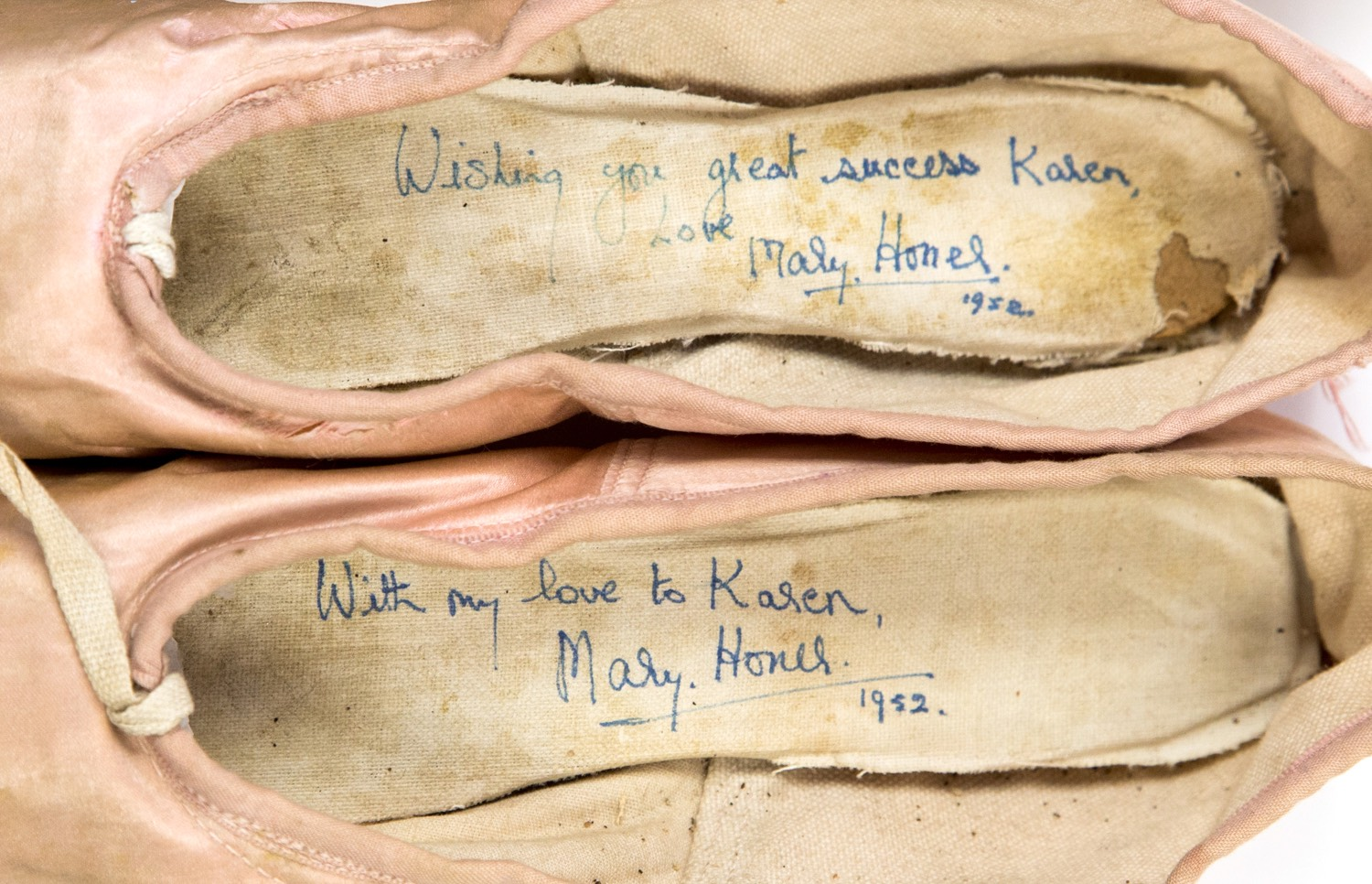 Ballet shoes dedicated, signed and dated 1952. Mary Honer's pointe shoes