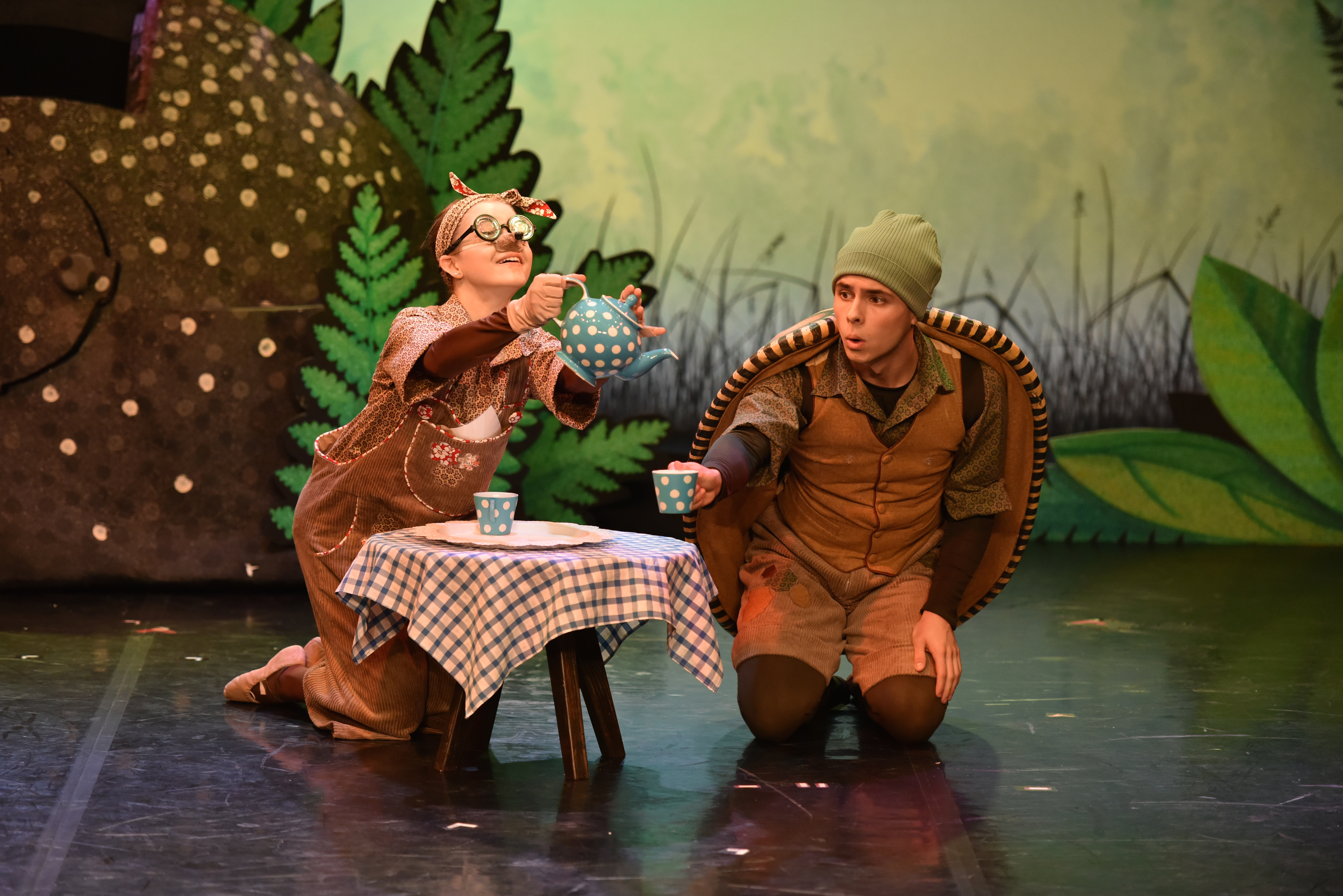 Northern Ballet's Tortoise & the Hare. Kaylee Marko and Gavin McCaig in Tortoise & the Hare. Photo Brian Slater.