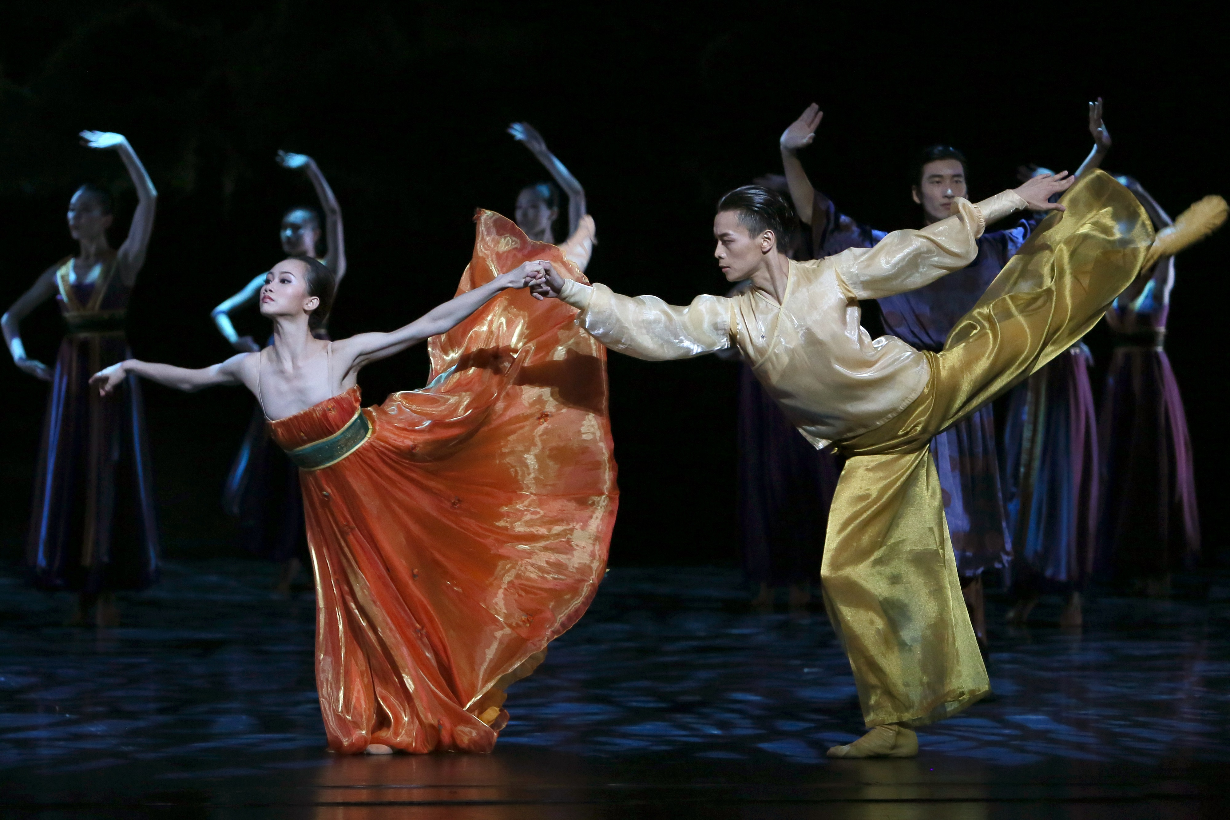 Shanghai Ballet in 'Echoes of Eternity' -