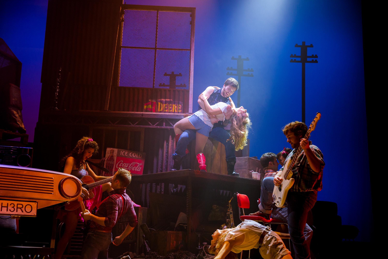 Footloose. Footloose the musical.