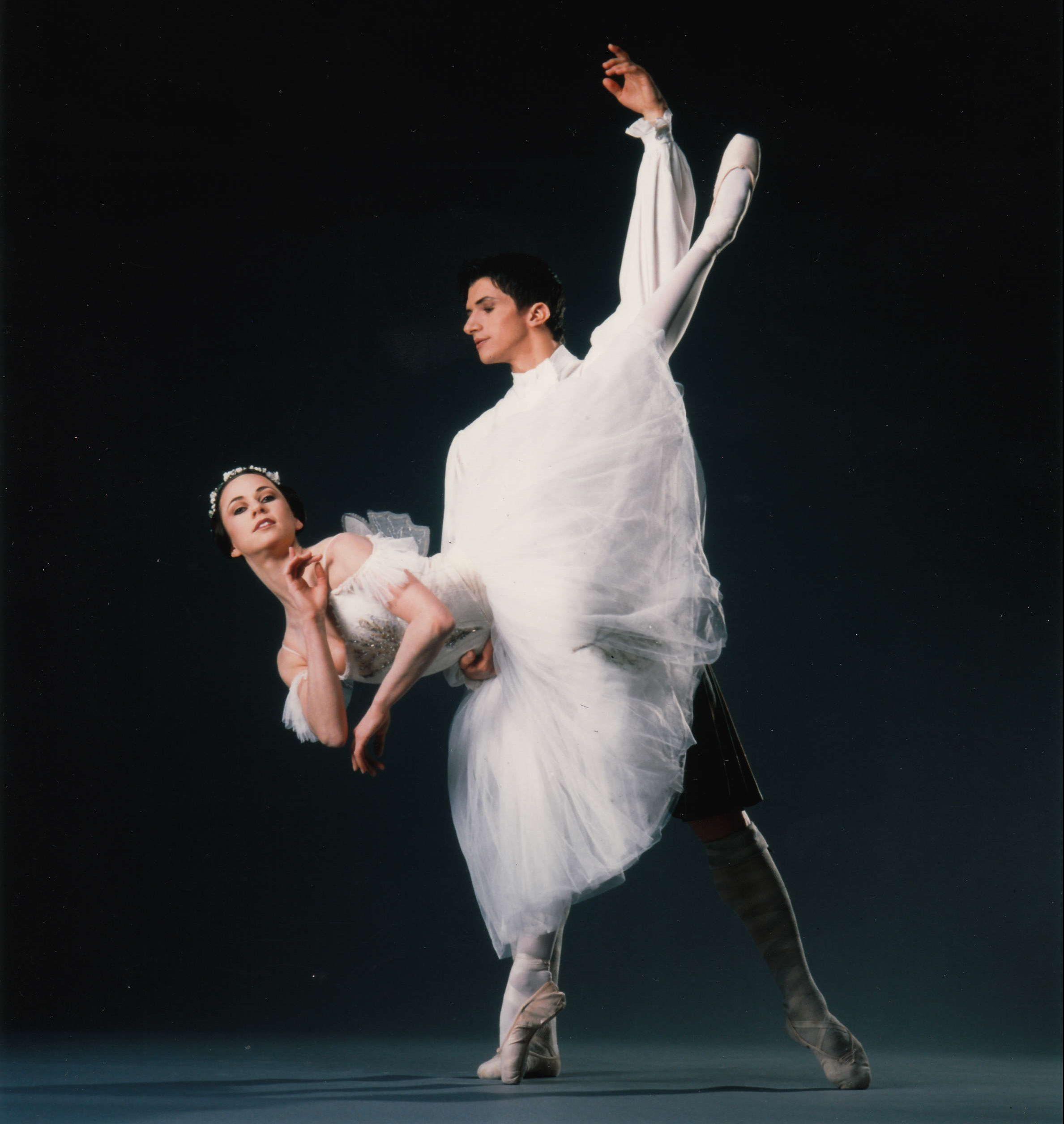 lorna-scott-dancing