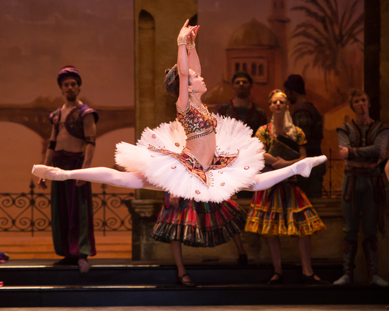 English National Ballet. Erina Takahashi as Gulnare in Le Corsaire.