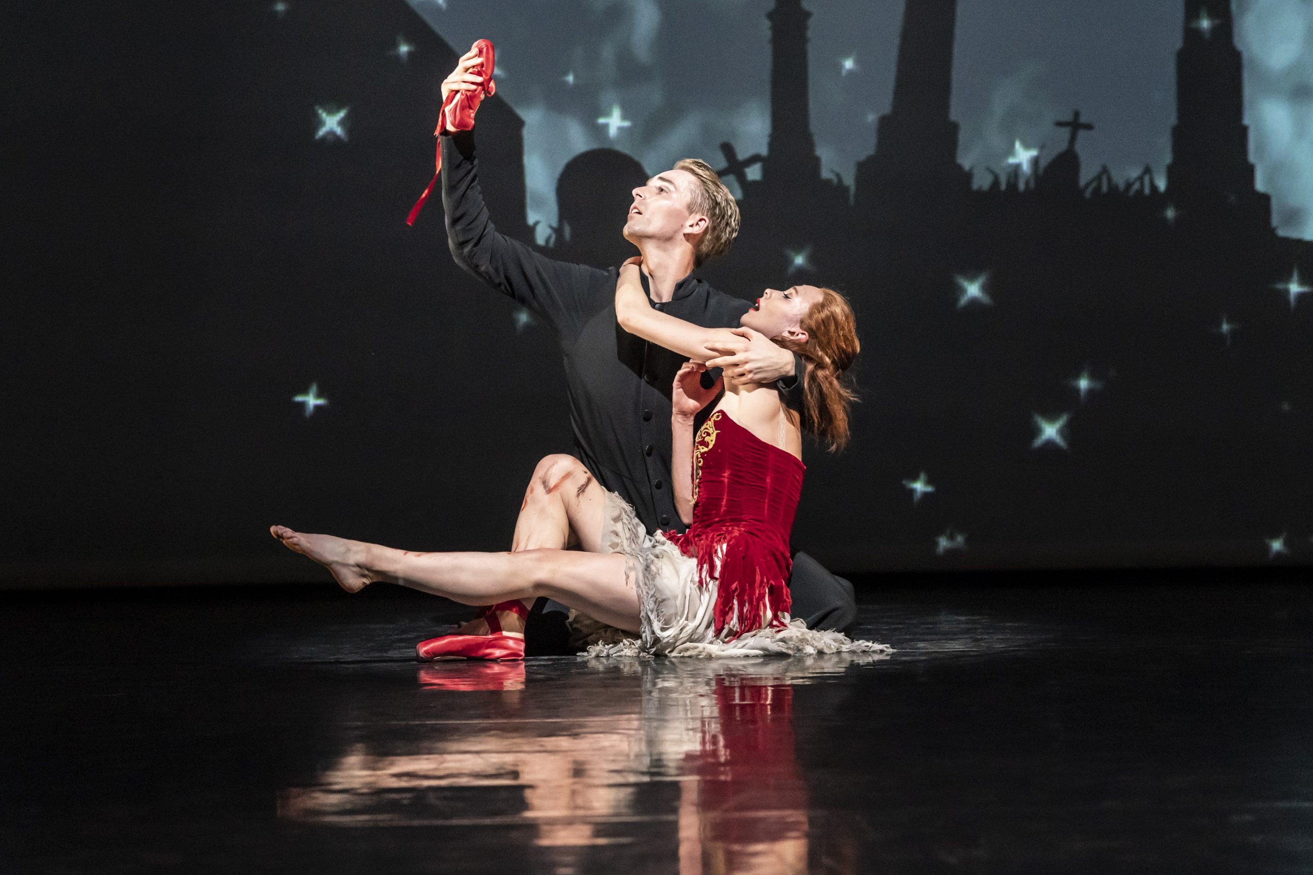 The Red Shoes. Cordelia Braithwaite as Victoria Page and Liam Mower as Ivan Boleslawsky.